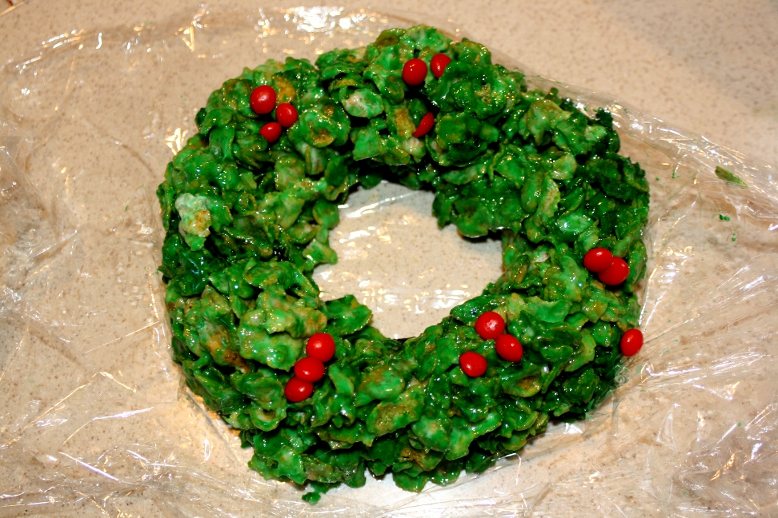 Edible Holiday Cornflake Wreath Treats