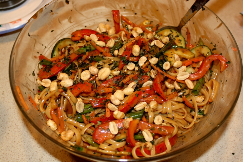 Spicy thai peanut noodles quick quicker quickest better homes gardens the mama report Better homes and gardens tonight