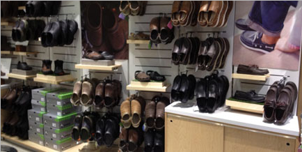 c07a166538c80 New Crocs Store to Open at The Mall of America + a  100 Croc ...