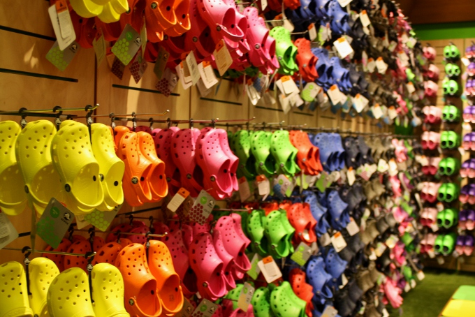 f5f55a2a050dc Wordless Wednesday- New Crocs Store at The Mall of America ( crocs ...
