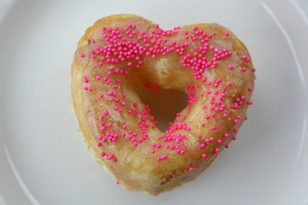 Baked Heart Shaped Cake Donuts The Mama Report