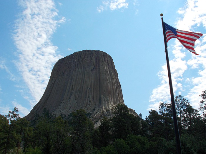 devils tower u.s. flag view