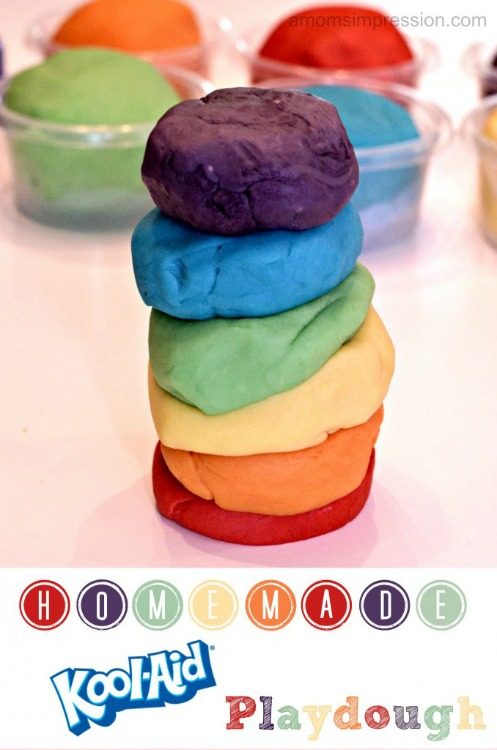 Homemade-Kool-Aid-Playdough-678x1024