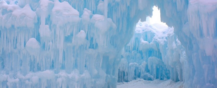 Minnesota Winter Adventures with Ice Castles