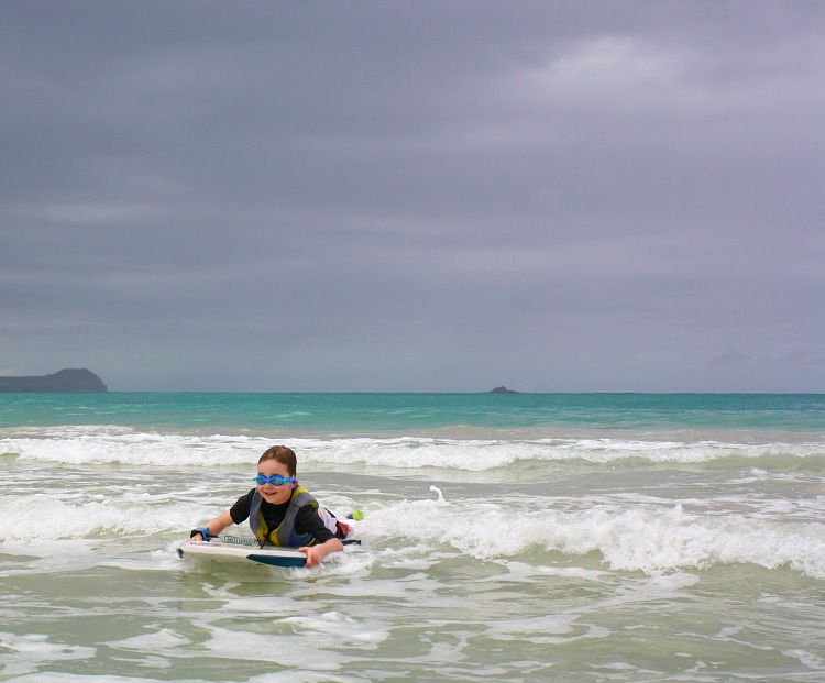 Boogie boarding at Kailua Beach