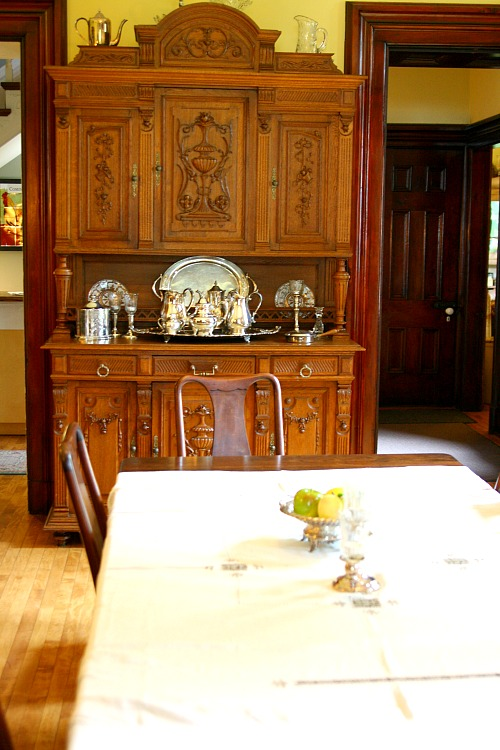 leduc-dining-room