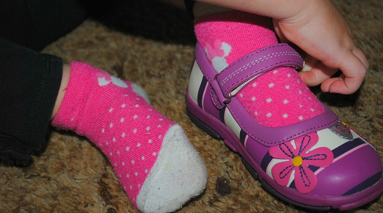 umi shoes with flowers