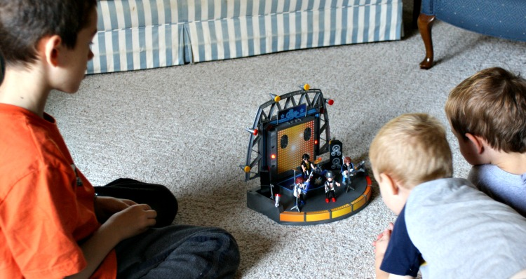 playmobil stage with characters