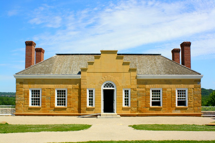 Commanding Officers' Quarters at Fort Snelling