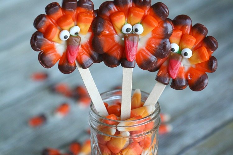 Candy Corn Thanksgiving Turkey Lollipops